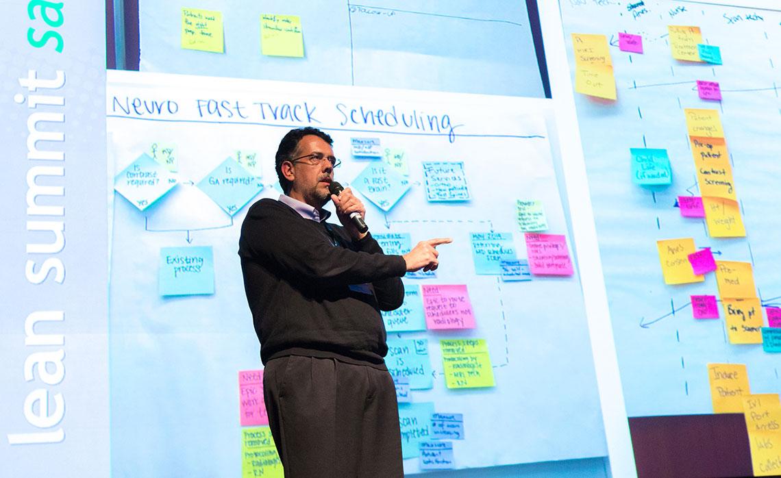 O diretor executivo do IOV e Senior Advisor do LIB, Dr. Carlos Frederico Pinto, apresentou caminhos simples e ágeis para a transformação lean.